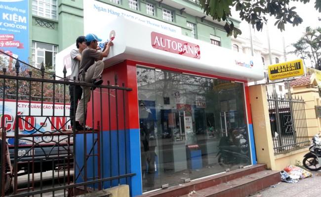 BOT ATM ngân hàng TMCP Công Thương Việt Nam, đèn hắt âm, kính sơn nhiệt. Màu sắc sang trọng và có độ bền màu cao